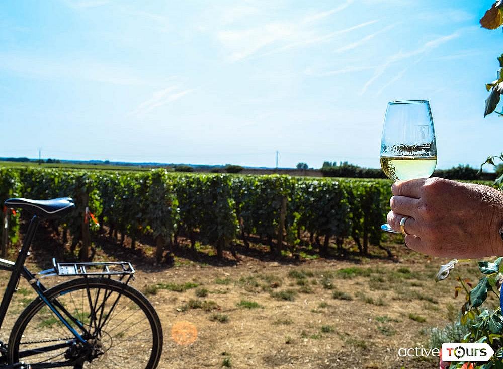 Bike tour in Northern Brittany. Coastal road bike