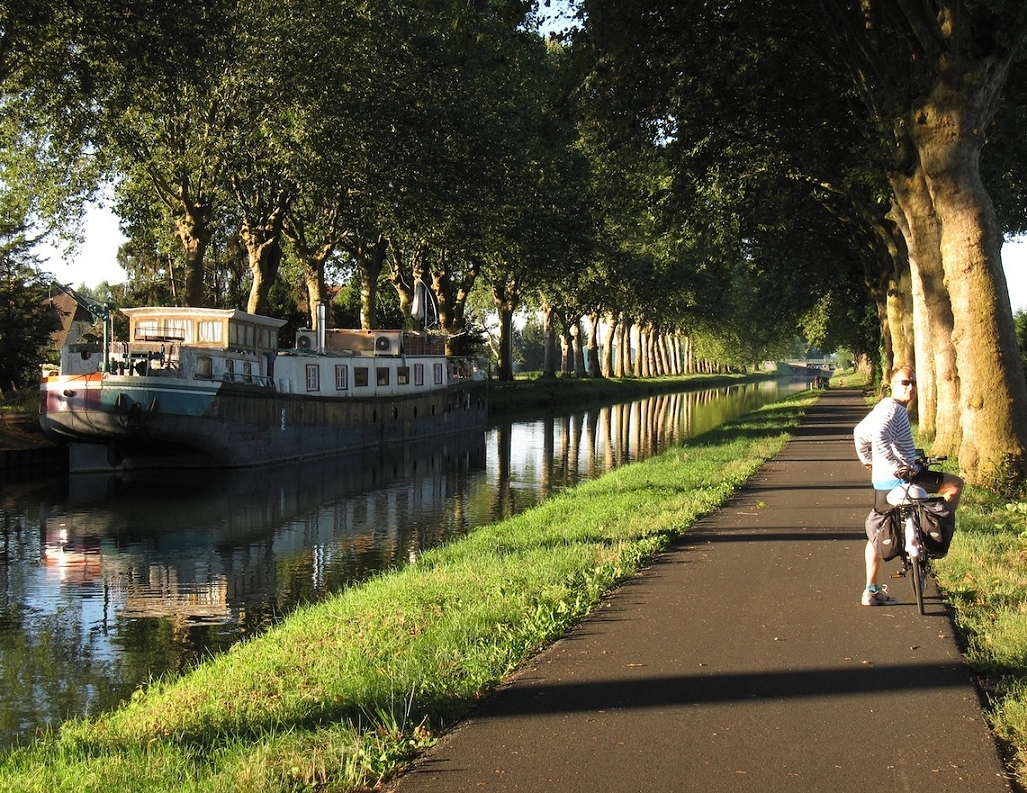 Cycling tour along the Canal de Garonne from Bordeaux to Toulouse (or reverse)