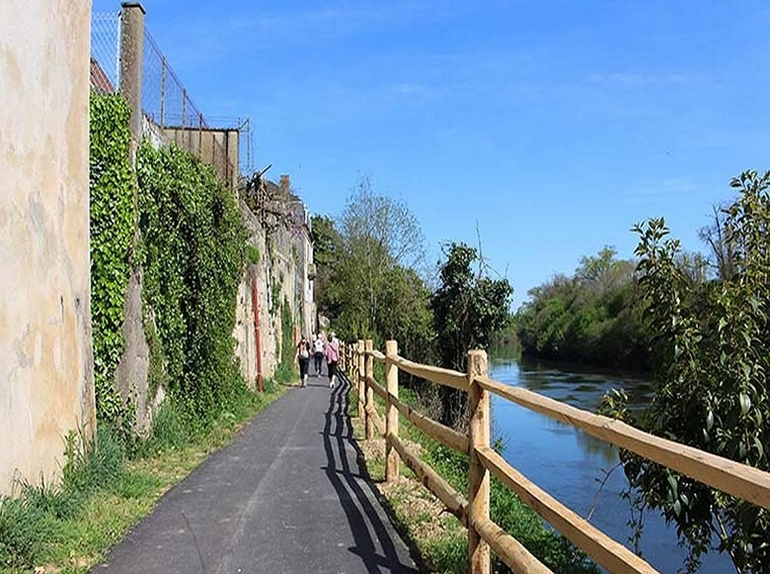 Randonnée à vélo de Bordeaux à Sarlat le long de la Dordogne