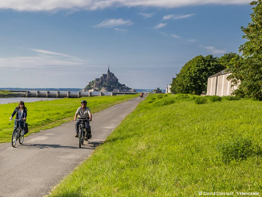Des plages du débarquement au Mont Saint-Michel à vélo