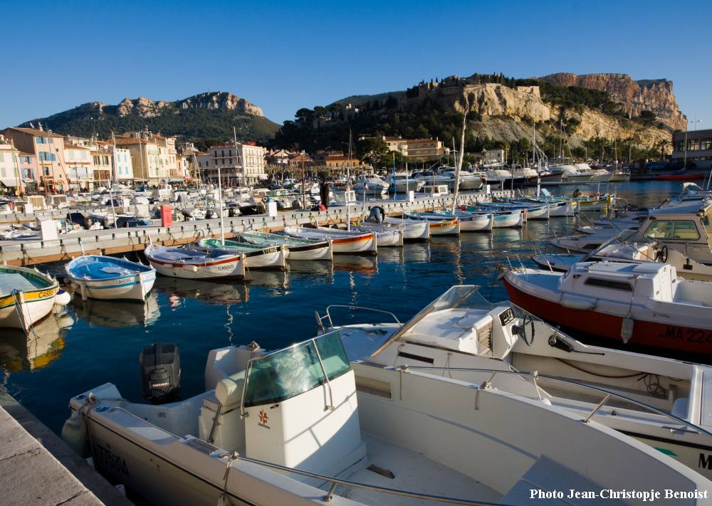 Provence and French riviera bike tour from Avignon to Cassis