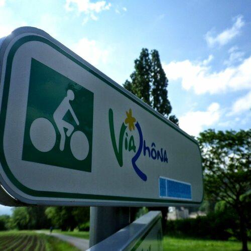 Voyage à vélo de Genève à Lyon sur la Via Rhona le long du Rhône