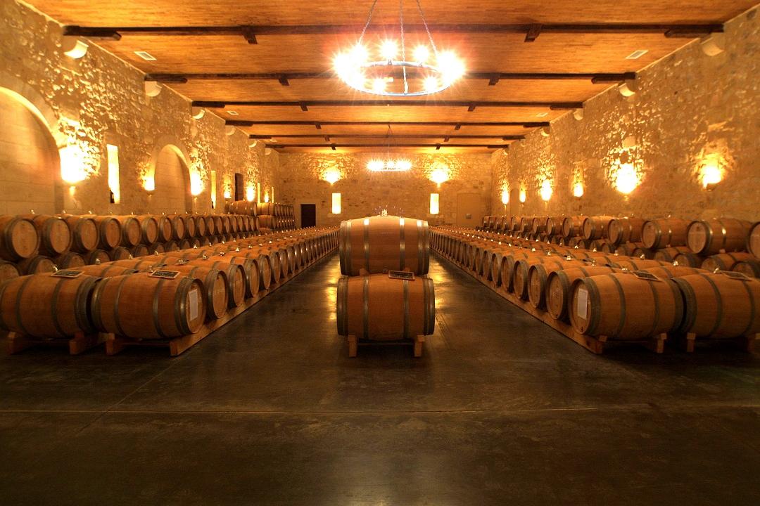 La Route des vins de Bordeaux : du Médoc à Saint-émilion en voiture